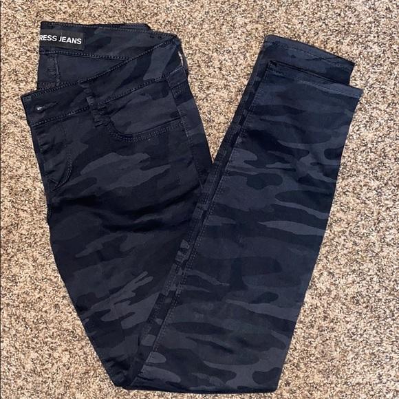 Express Camo Jeans
